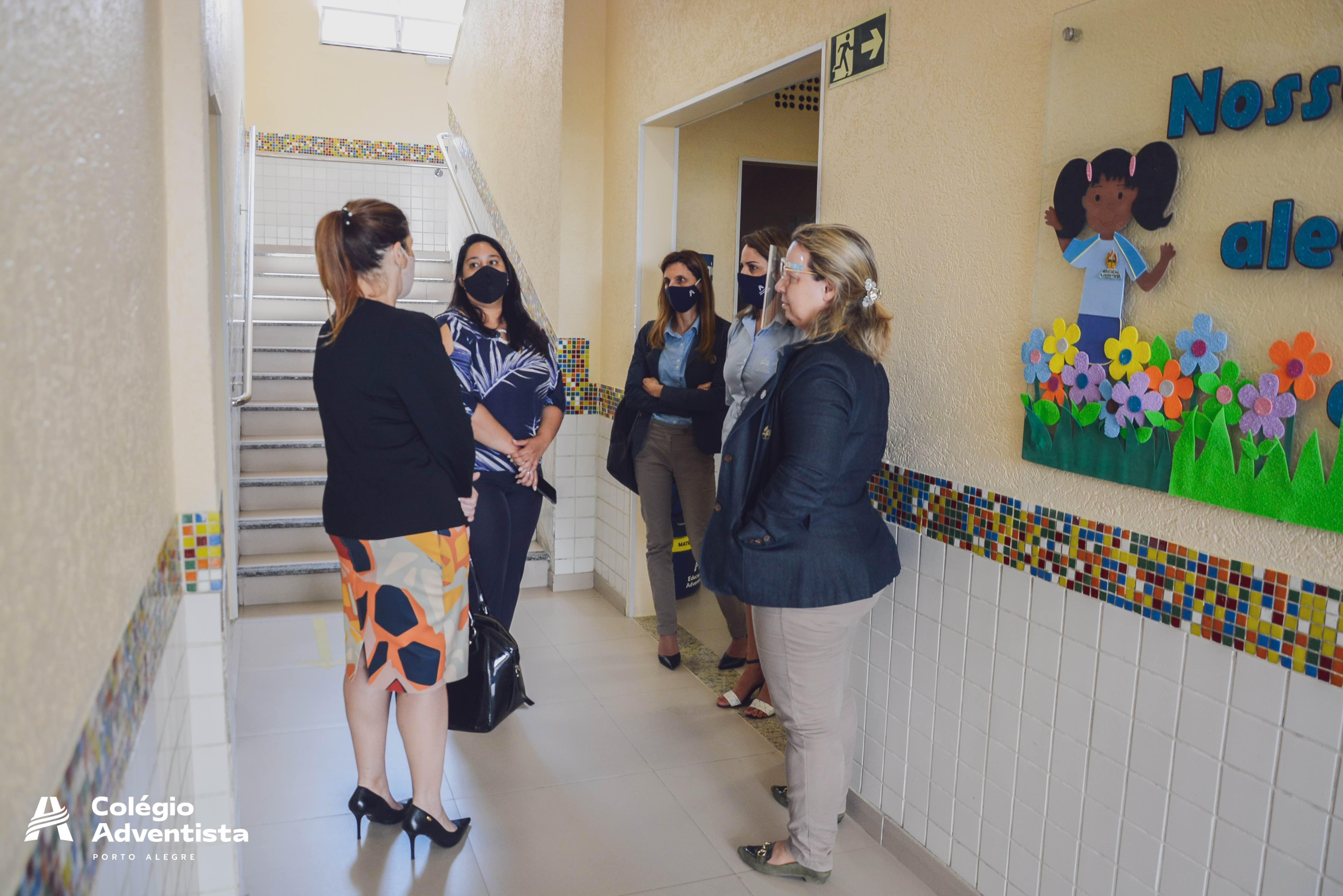 Promotoria de Osório visita Colégio Adventista Porto Alegre.
