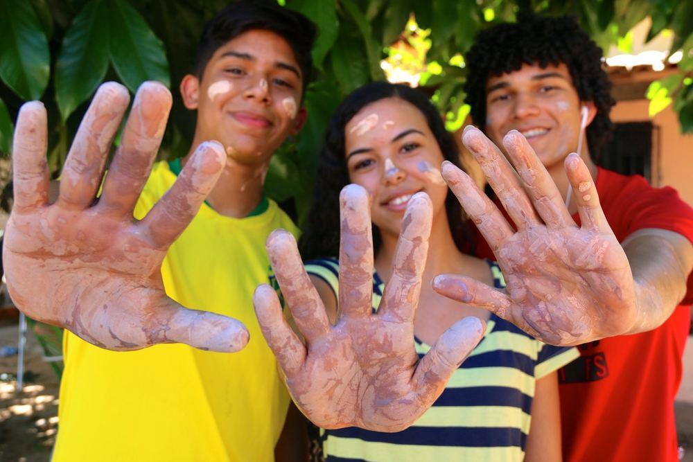Estudantes trocam férias por trabalho voluntário no Maranhão